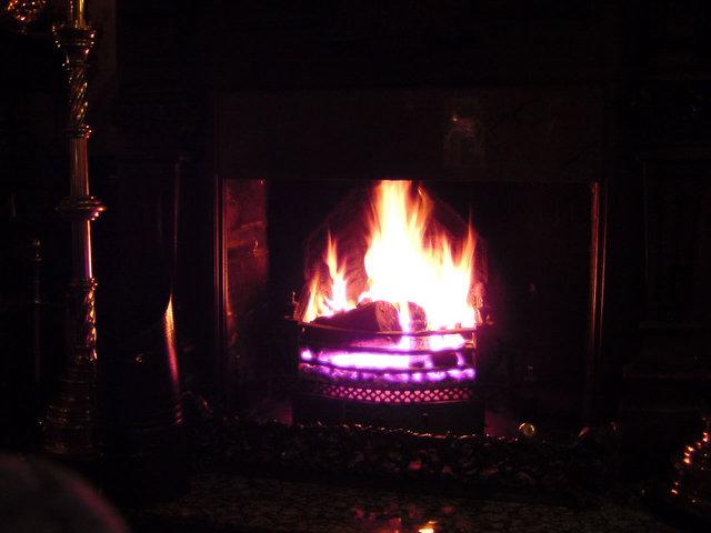 fireside-1258659-640x480